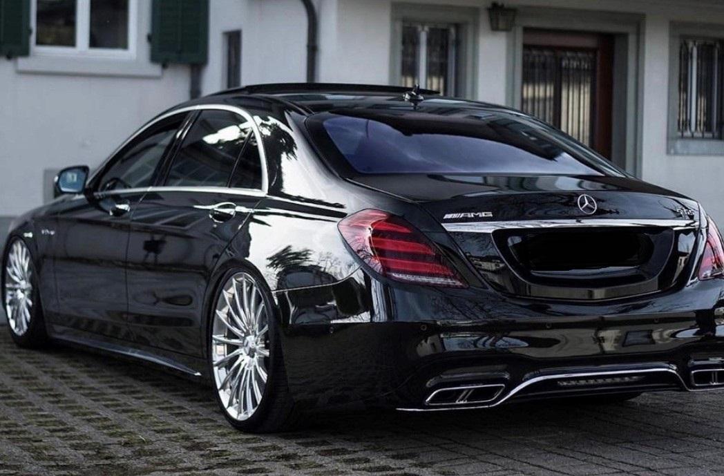 Vtc lyon berline de luxe avec chauffeur pour votre mariage